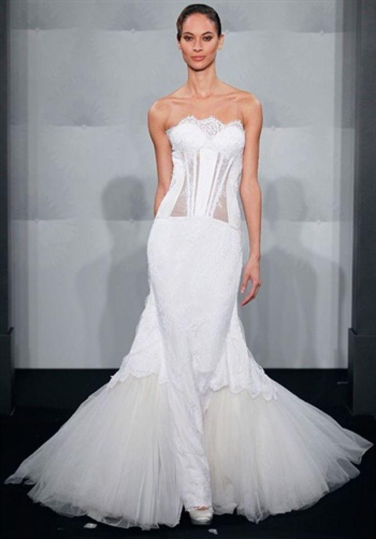 Rochie de mireasa tip sirena creata de MarK Zunino pentru Kleinfeld