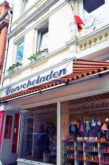 Bonscheladen, Hamburg Ottensen Friedensallee 12 Tel.: 040/415 475 67 Öffnungszeiten: Di - Fr 11 - 18.30 h  Sa 11 - 16 h  Mo geschlossen