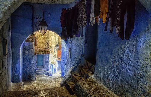 Trapitos al sol en Chefchaouen, municipio y ciudad de Marruecos, capital de la provincia del mismo nombre.