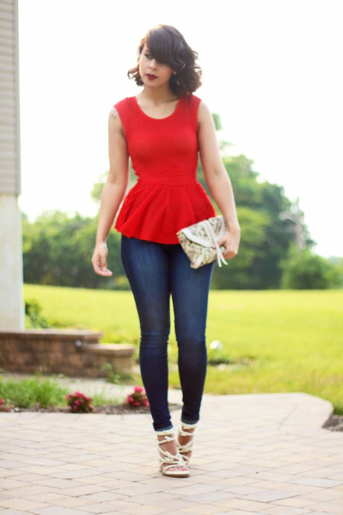 Fashion Bananas/ I'm going to have to try this- peplum on top with a skinny jean= flirty and sexy. Great for a curvy figure!