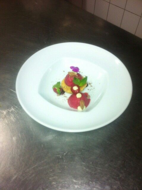 Almond pudding with raspberry sorbet @ Mirandus Rsstaurant, Vivenda Miranda