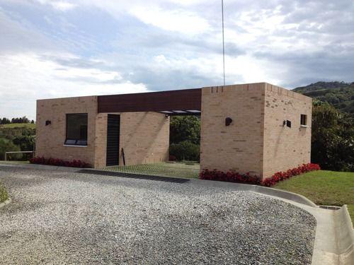 P BIM - Casa mayordomo + parqueadero