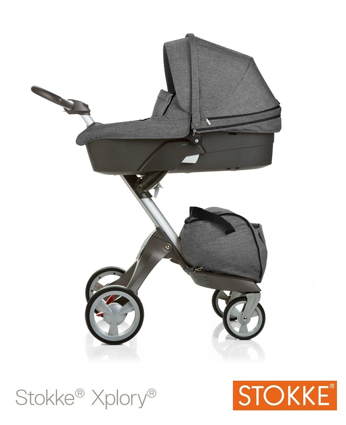 Stokke Xplory in black melange with carry cot