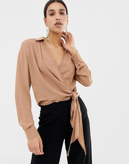 b656edcec21dc EUR 27.99 - Blouse by Missguided Suitable for work and play V-neck Tie side  Regular fit Not too loose, not too tight