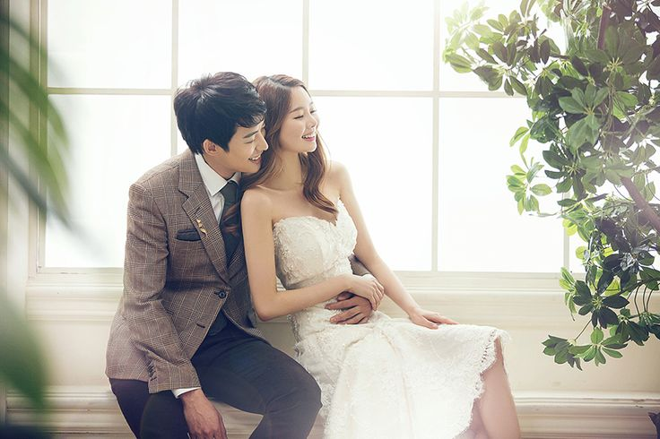 Korean Studio Pre-Wedding Photography: 2016 Whimsical Collection  by Bong Studio on OneThreeOneFour 22