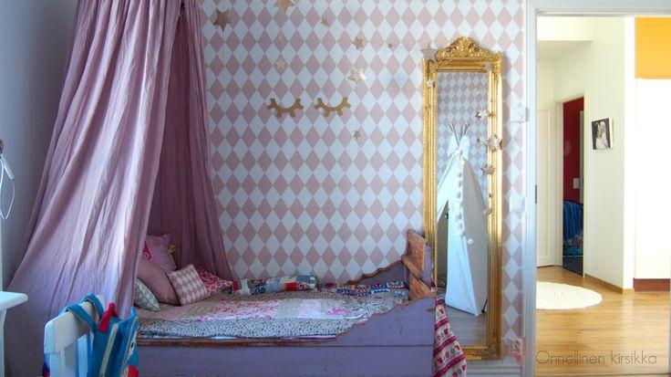 Ferm Living wallpaper harlequin Rose