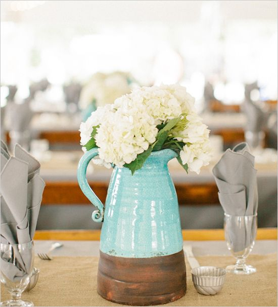 easy wedding decor ideas designed by MMJ Events... I have a very similar decoration on my living room table!