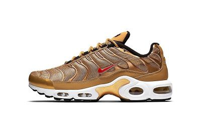 "EffortlesslyFly.com - Kicks x Clothes x Photos x FLY SH*T!: Nike Air Max Plus ""Metallic Gold"""