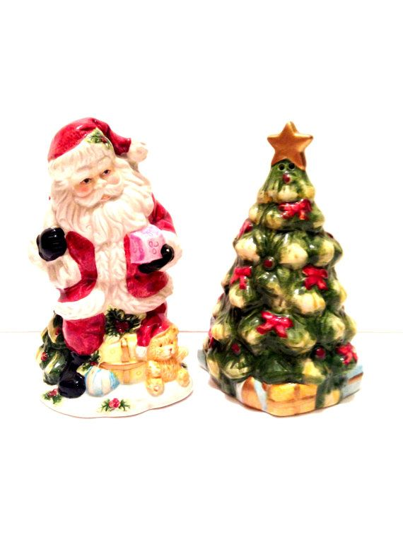 Santa Tree Salt Pepper Shakers Vintage By Sofvintage 28 00 Christmas In 2018 Pinterest And Stuffed Peppers
