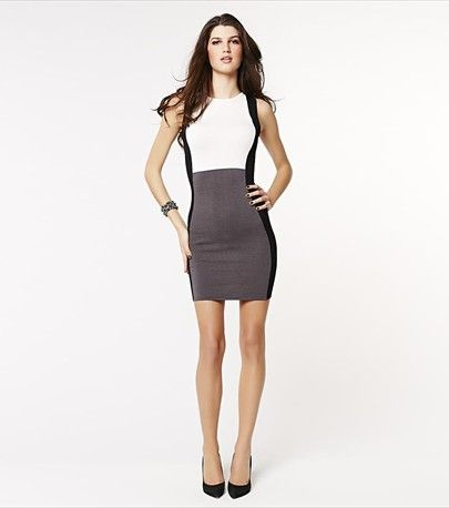 Look effortlessly sexy with this color blocked dress!