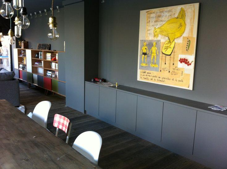 Mur gris fonc biblioth que style ann es 50 m lamin et bois massif ch ne no - Amenagement bibliotheque salon ...