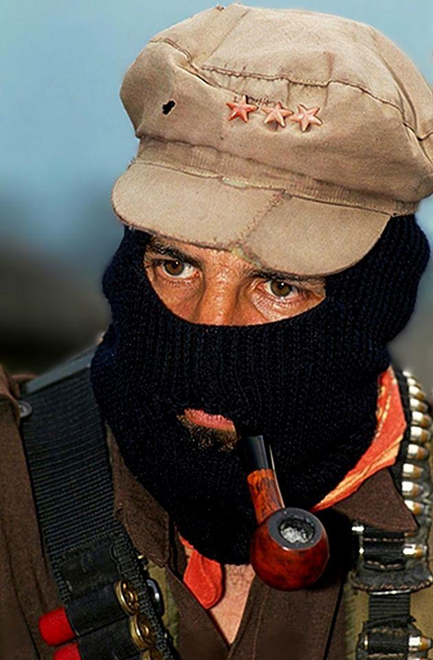 Subcomandante Marcos en la Selva Lacandona, Chiapas 1994 - foto retrato por Emiliano Thibau