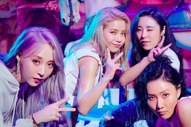 Mamamoo 마마무 Hip Lyrics Reality In Black Mamamoo Moonbyul K Pop