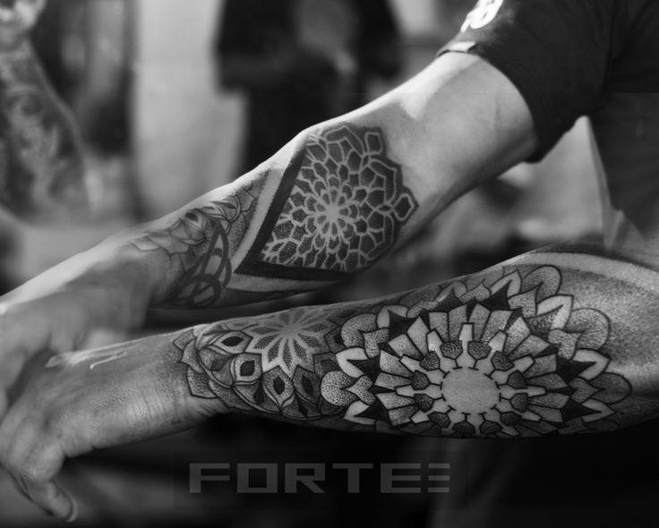 http://tattoo-ideas.us #Blackwork, dotwork, mandala, sacred geometry piece.