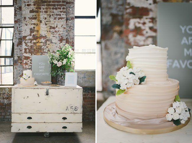 neutral wedding cake