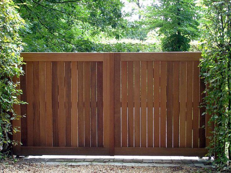 Houten poorten, weidepoorten, tuinschermen, palisades, kastanje hekwerk, kastanjehout, Beaum - Hardhouten poorten
