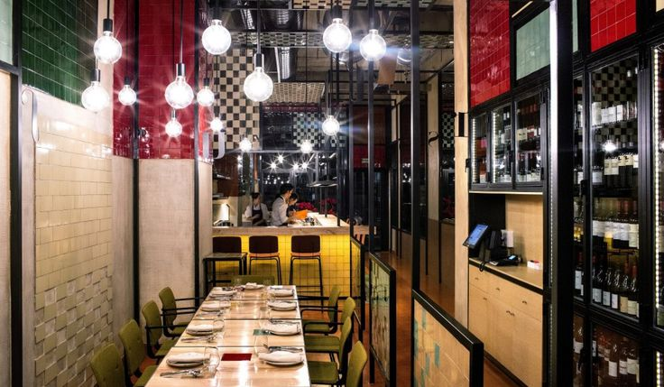 Restaurant Disfrutar Barcelona.  Modern and Mediterranean cuisine