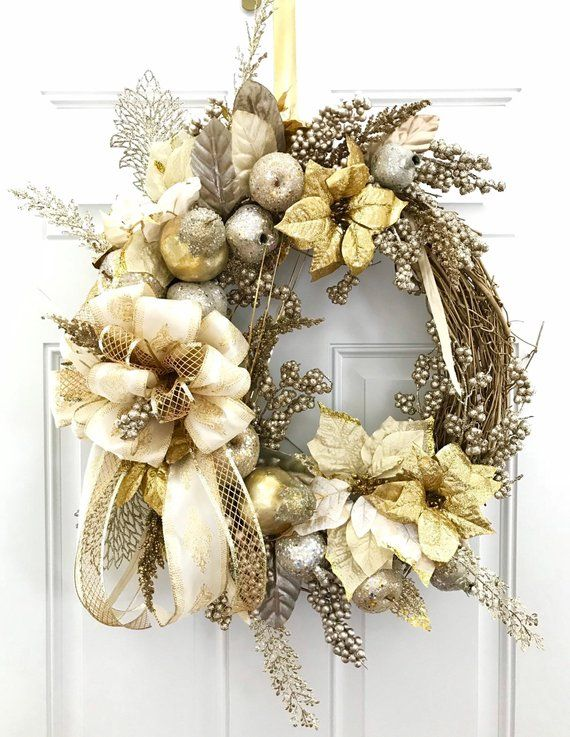 Christmas Elegance Gold And Silver Wreath Sparkly Christmas Wreath Elegant Wreath Poinsettia With Images Christmas Wreaths Christmas Swags Christmas Wreath Image