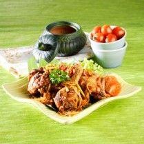 AYAM PENYET SAMBAL MANGGA http://www.sajiansedap.com/mobile/detail/16398/ayam-penyet-sambal-mangga