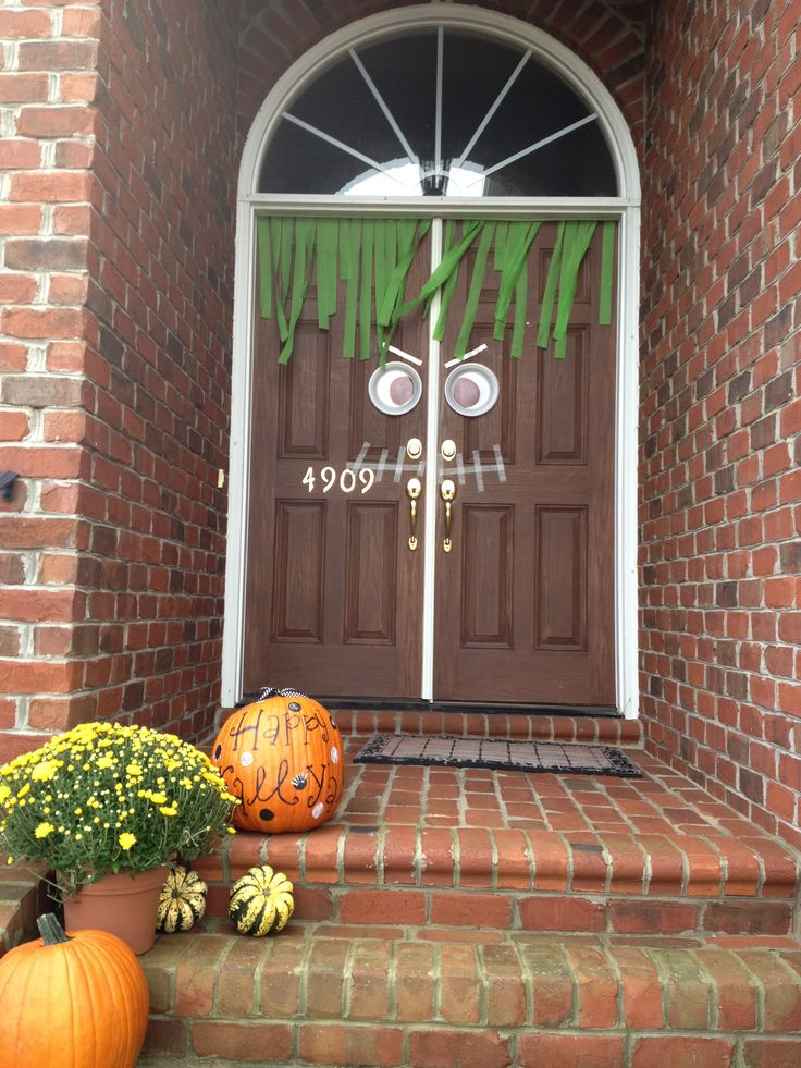 fun with cohen front door - Halloween Front Doors