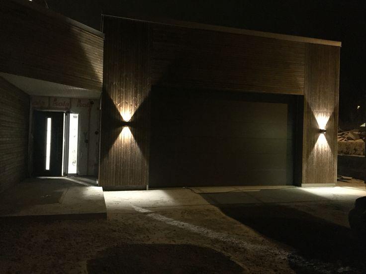 Inngangsdør, inngangsparti, garasje og utelys