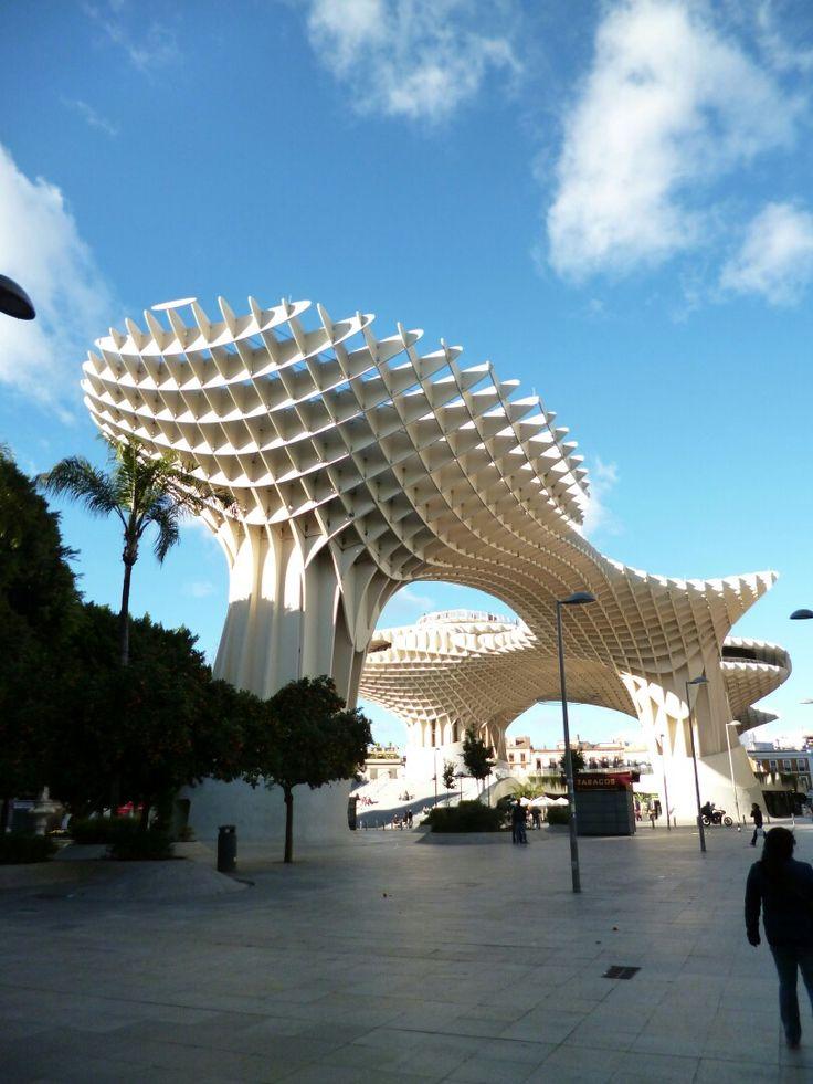 Sevilla. Plaza de la Encarnación.  Las Setas.