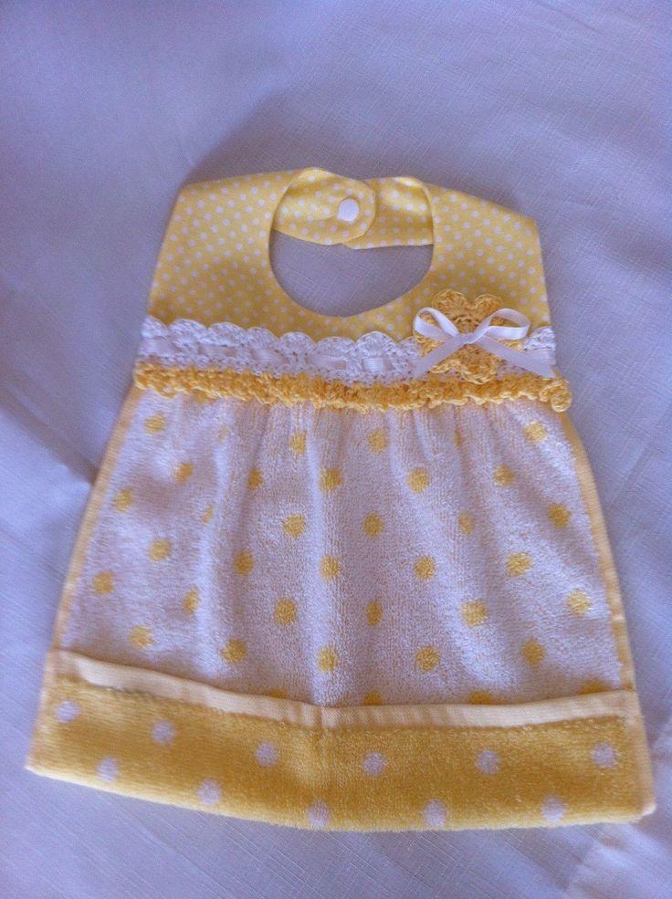 Baby bib by Lilibugs on Etsy