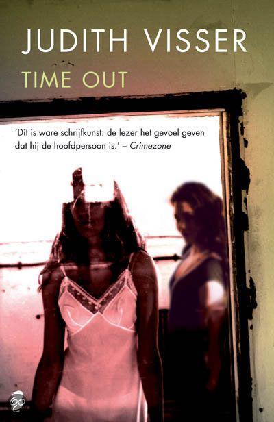 Judith Visser - Time out - Deel 3 in Kim reeks - Kim gaat door een moeilijke periode: wanneer zij een schokkend geheim opbiecht aan haar man Manuel, last hij een `time out in hun relatie in en vertrekt voor onbepaalde tijd naar zijn familie in Duitsland. Tijdens zijn afwezigheid loopt Kim toevallig Martine tegen het lijf, een vriendin uit het verleden, en een warme relatie bloeit op.