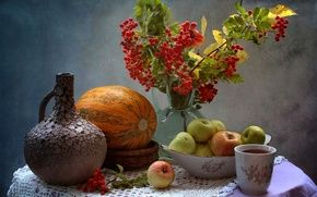 Обои тыква, натюрморт, чай, чашка, рябина, яблоки, кувшин