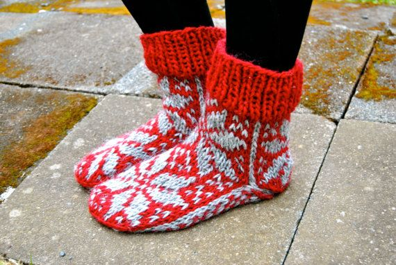 Short Hlín Icelandic Woolen Socks by IcelandicKnitsbyAnna on Etsy
