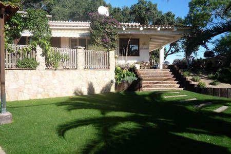 Bekijk deze fantastische advertentie op Airbnb: Villa with lovely views. in Begur