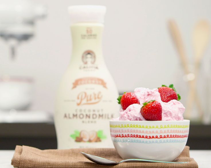 Image: Califia Farms - Coconut Strawberry Ice Cream