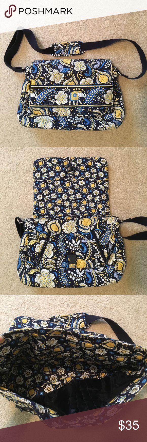 Vera Cross body Satchel! Vera Bradley cross body, great for school or work. Hardly used, just like new. Vera Bradley Bags Crossbody Bags