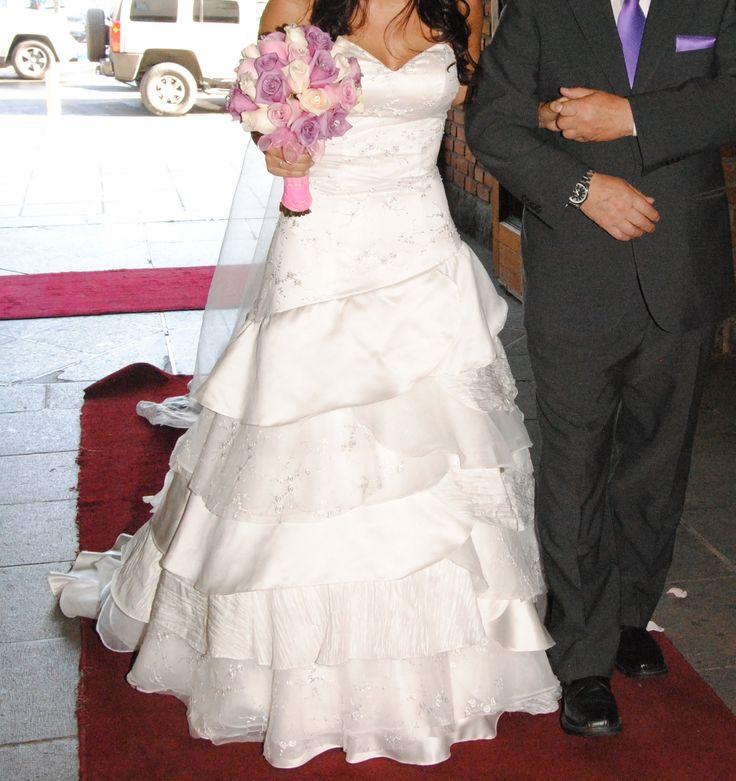 180 best Vestidos de novia images on Pinterest   Bridal gowns ...