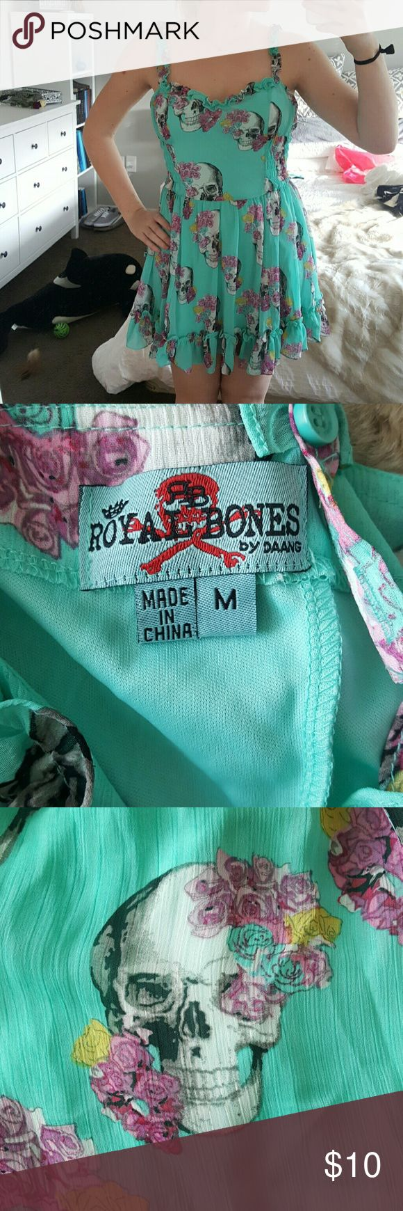 Royal Bones floral skull dress From Hot Topic. Worn once, like new. Zipper closure in the back and elastic on the sides. Royal Bones Dresses Midi