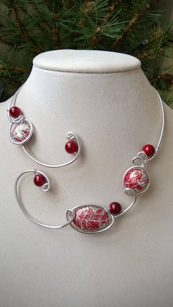 Wire wrapped necklace, Contemporary jewelry, Red jewelry, red necklace, wire jewelry, wire necklace, LesBijouxLibellule, Statement necklace