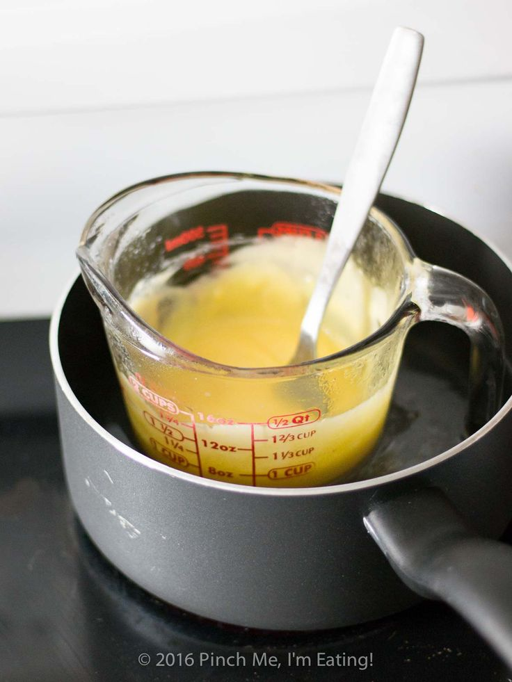 This easy Hollandaise sauce recipe doesn't require a blender, a double boiler, or constant whisking. If you want a thick, creamy, and tangy sauce that's easy to make and an easily-scalable recipe that's a cinch to memorize, give this one a shot!   www.pinchmeimeating.com
