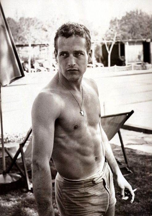 Paul Newman.... No wonder why my mom still fantasize about him..!