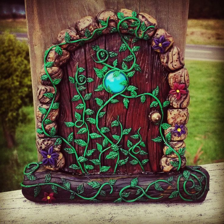 Ivy Fairy door,  fae, fairie, elves, pixie, whimsical, fantasy, woodland, cute, imagine, girl, gift, sweet, ivy, vine, polymer, clay, leaves by NixieNooDesigns on Etsy
