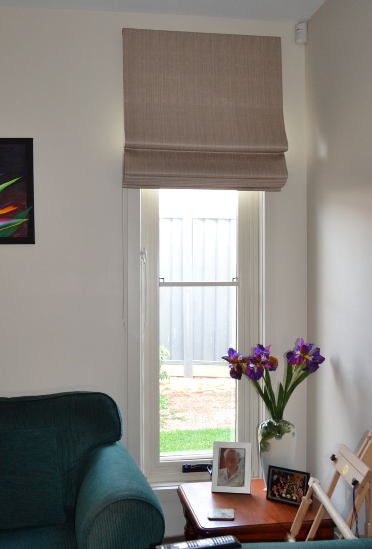 Roman Blinds Look Great On A Small Window Give You The