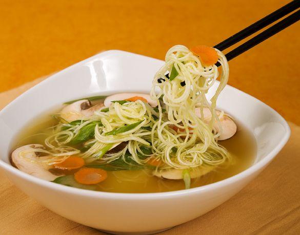Raw Food Ramen Gets Thumbs Waaay Up! | Jenny's Easy Raw Recipe Blog | Raw Food Made Easy with Jennifer Cornbleet