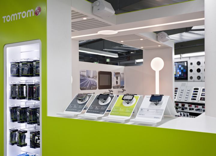 Sonos & TomTom shop in shops in Saturn by Storeage, Amsterdam ...