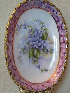 .** Oválný,malovaný porcelánový tác **