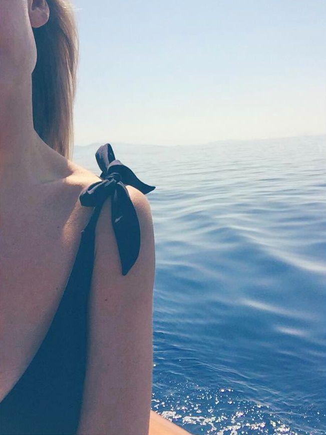 Luxe hivernal : penser d'ores et déjà à son prochain bikini ! (photo Martha Ward)