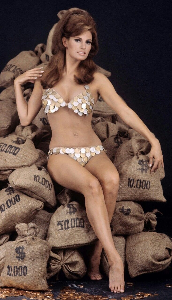 468 best images about Raquel Welch on Pinterest | Bond girl, Posts ...
