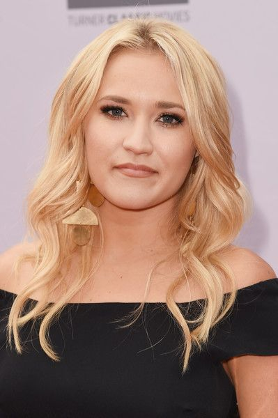 Emily Osment Long Wavy Cut - Emily Osment wore gorgeous center-parted waves to the AFI Life Achievement Award.