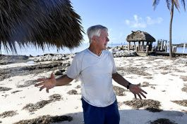 'Don't feel sorry for me': Home damaged by Irma, Jimmy Johnson skips Fox's pregame show