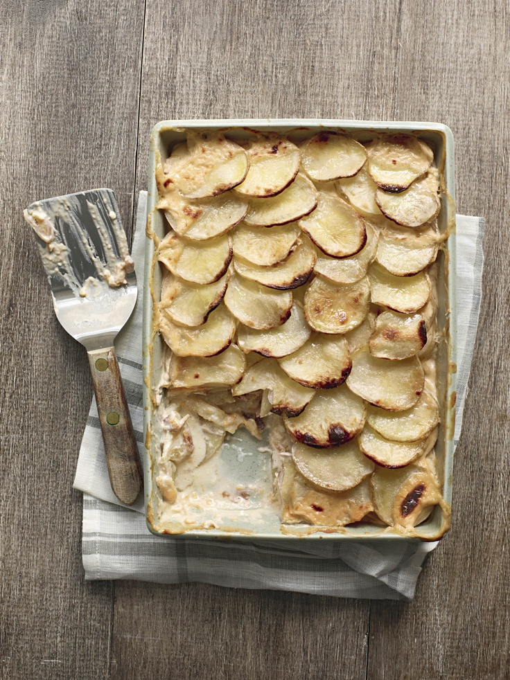 Bacon & Maple Scalloped Potatoes.: Potatoes Recipe, Scalloped Potatoes, Bacon Maple, Comfort Food, Sweet Potatoes, Favorite Recipes, Vegetable Recipes, Springtime Recipes