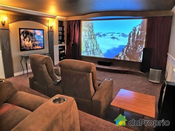 17 best images about b tir une maison de r ve on pinterest coins indoor sw - Comment faire une salle de cinema ...