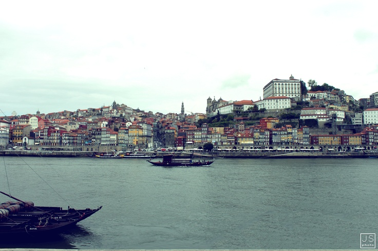 VINTAGE HDR LIGTH   - photoshop art [Oporto, Portugal 2012]